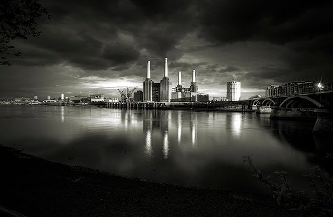 one to one photography workshops Ion Paciu cityscape battersea power station
